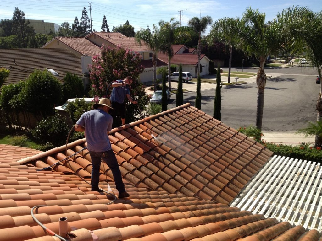 What Will It Cost To Clean My Roof?